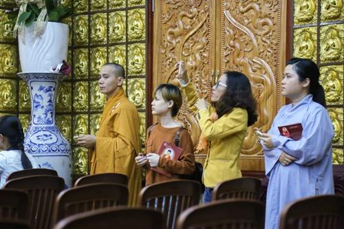 Sao Việt làm lễ cầu an cho Minh Thuận đúng ngày sinh nhật - 6