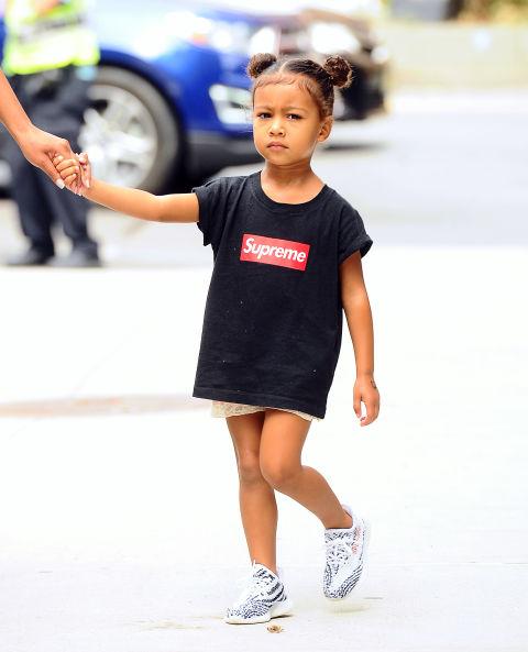 Ngẩn ngơ ngắm đồ hiệu của công chúa nhà Kim Kardashian - 2