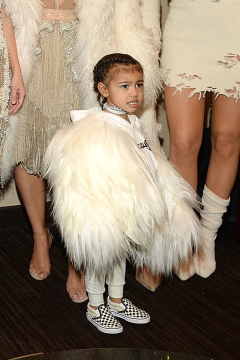 Ngẩn ngơ ngắm đồ hiệu của công chúa nhà Kim Kardashian - 7