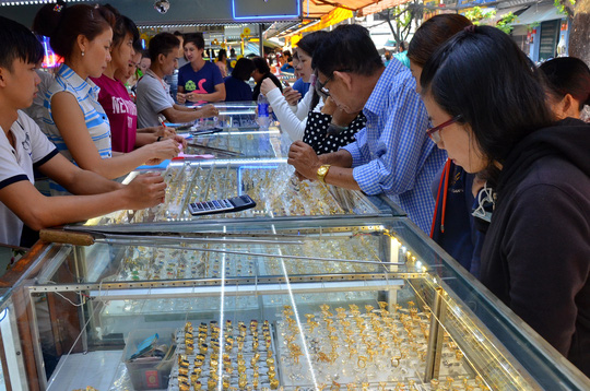 Có ít nhất 600 cơ sở bán vàng không đạt hàm lượng tiêu chuẩn - 1