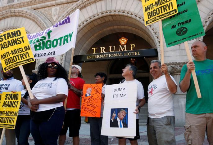 Trump mở khách sạn siêu sang, thành hàng xóm của Obama - 2