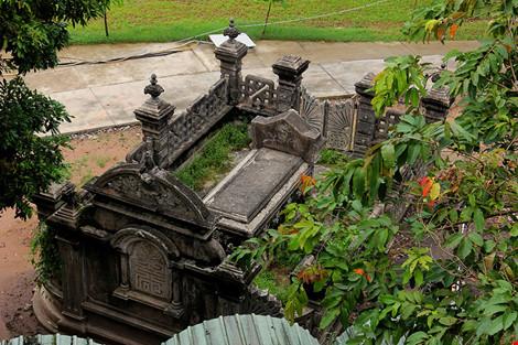 Choáng ngợp ngôi mộ cổ kiến trúc Pháp giữa lòng Sài Gòn - 11