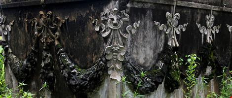 Choáng ngợp ngôi mộ cổ kiến trúc Pháp giữa lòng Sài Gòn - 6