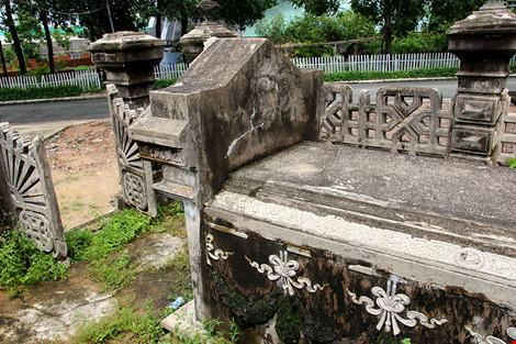 Choáng ngợp ngôi mộ cổ kiến trúc Pháp giữa lòng Sài Gòn - 8