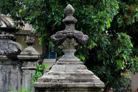 Choáng ngợp ngôi mộ cổ kiến trúc Pháp giữa lòng Sài Gòn - 9