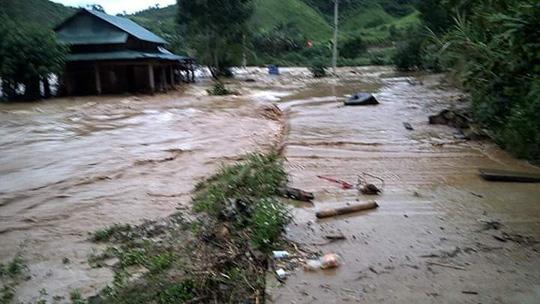 Vụ vỡ cống thủy điện Sông Bung 2: 2 công nhân mất tích - 2