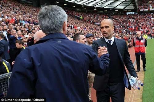 """Mourinho """"mát tính"""": Biết thời thế mới là tuấn kiệt - 3"""