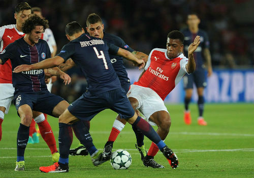 Góc chiến thuật PSG - Arsenal: Công & tội của Wenger - 2
