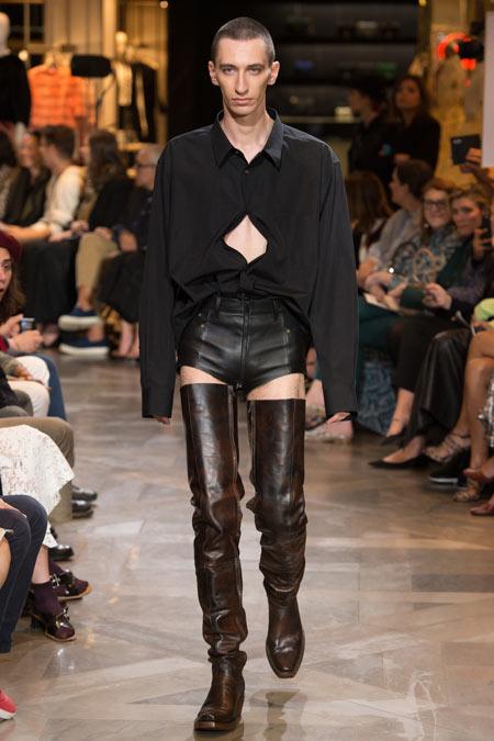Hết hồn với những thiết kế kì dị tại New York Fashion Week - 11