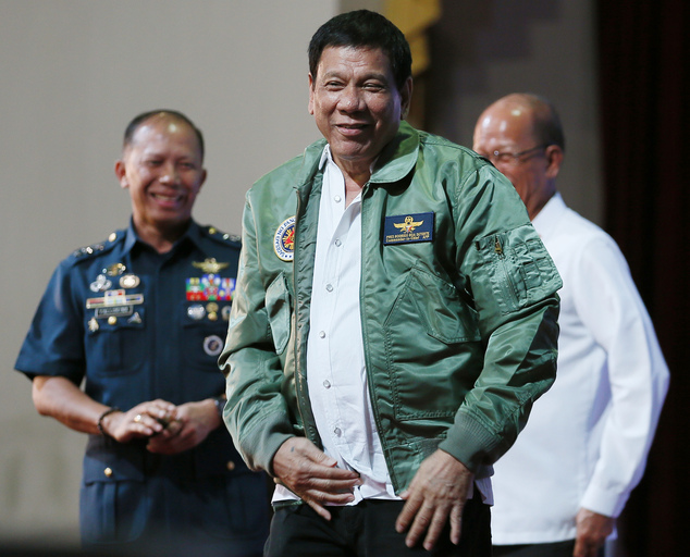 Tổng thống Philippines: Từ nay thôi tuần tra chung với Mỹ - 1