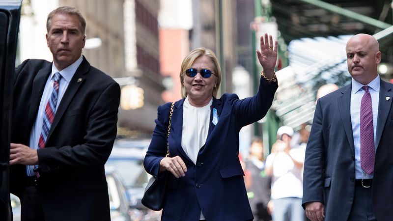"""""""Kẻ thù"""" lớn nhất khiến bà Clinton có nguy cơ mất trắng - 1"""