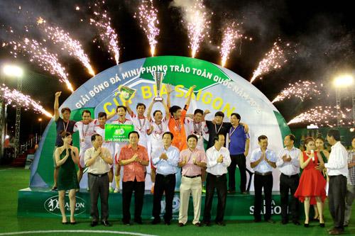 Chung kết Giải Bóng đá mini phong trào toàn quốc Cúp bia Sài Gòn 2016 - 7