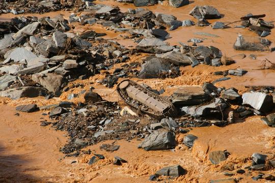 Vụ vỡ cống thủy điện: Tìm thấy tất cả người mất tích - 7