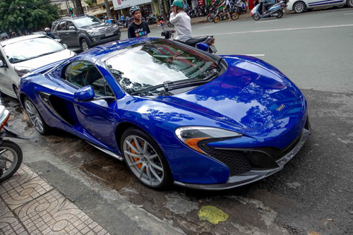 """Minh """"Nhựa"""" tậu cặp đôi siêu xe khủng màu xanh dương - 3"""