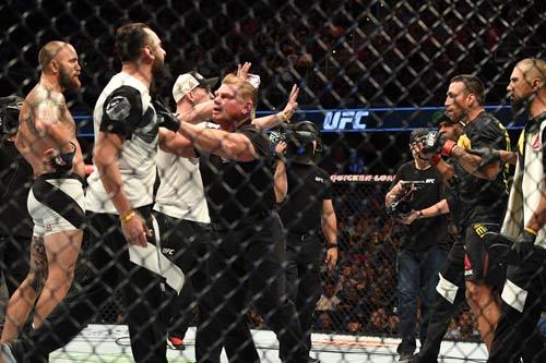 """UFC: Võ sĩ """"hổ báo"""" đánh cả thầy giáo đối thủ - 2"""