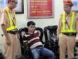 """CSGT Bắc Giang bắt ma túy khi đang """"bắn"""" tốc độ"""