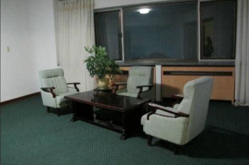Khách sạn 6 sao ở Triều Tiên bị chê tơi tả - 6
