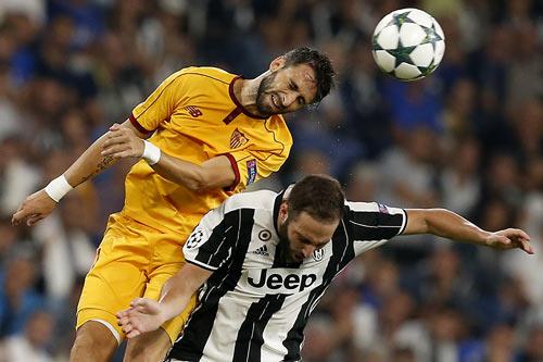 """Juventus - Sevilla: Khổ nhọc cho """"Bà đầm già"""" - 1"""