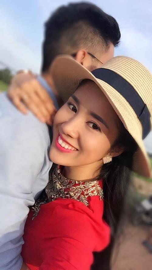 Sau đổ vỡ, sao Việt tìm tình mới bên bạn trai kém tuổi - 2