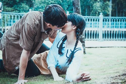 Tim khóa môi Trương Quỳnh Anh mãnh liệt trong phim mới - 4