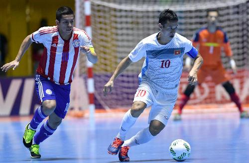 """Ảnh: Futsal Việt Nam """"trở lại mặt đất"""" trận gặp Paraguay - 11"""