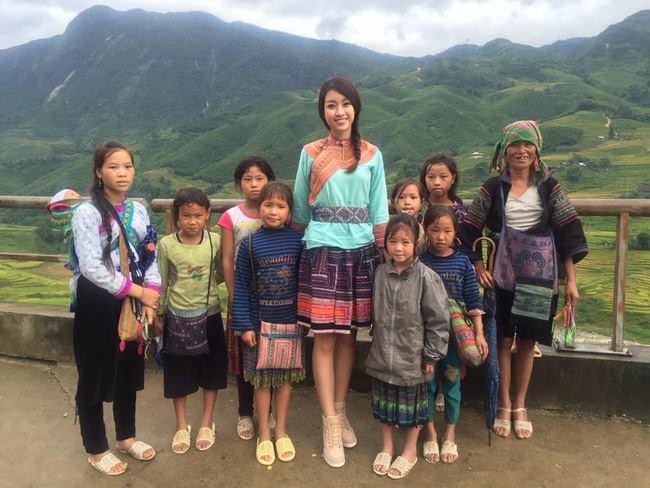 Hoa hậu Mỹ Linh bất ngờ làm MC truyền hình - 2