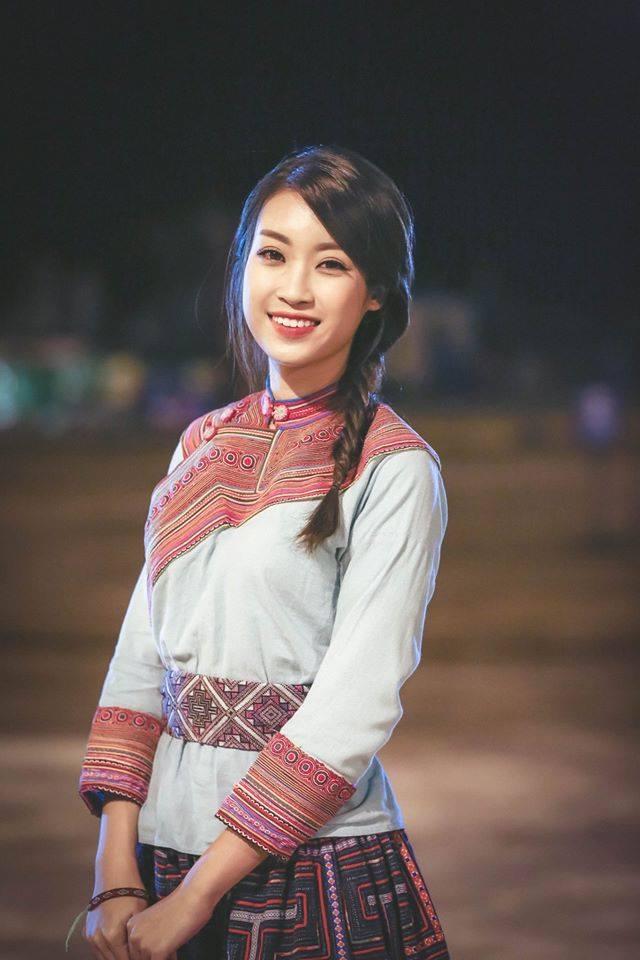 Hoa hậu Mỹ Linh bất ngờ làm MC truyền hình - 5