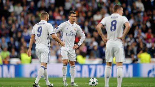 """Ronaldo: Cứu Real và hứa """"trọn đời"""" với Real - 1"""