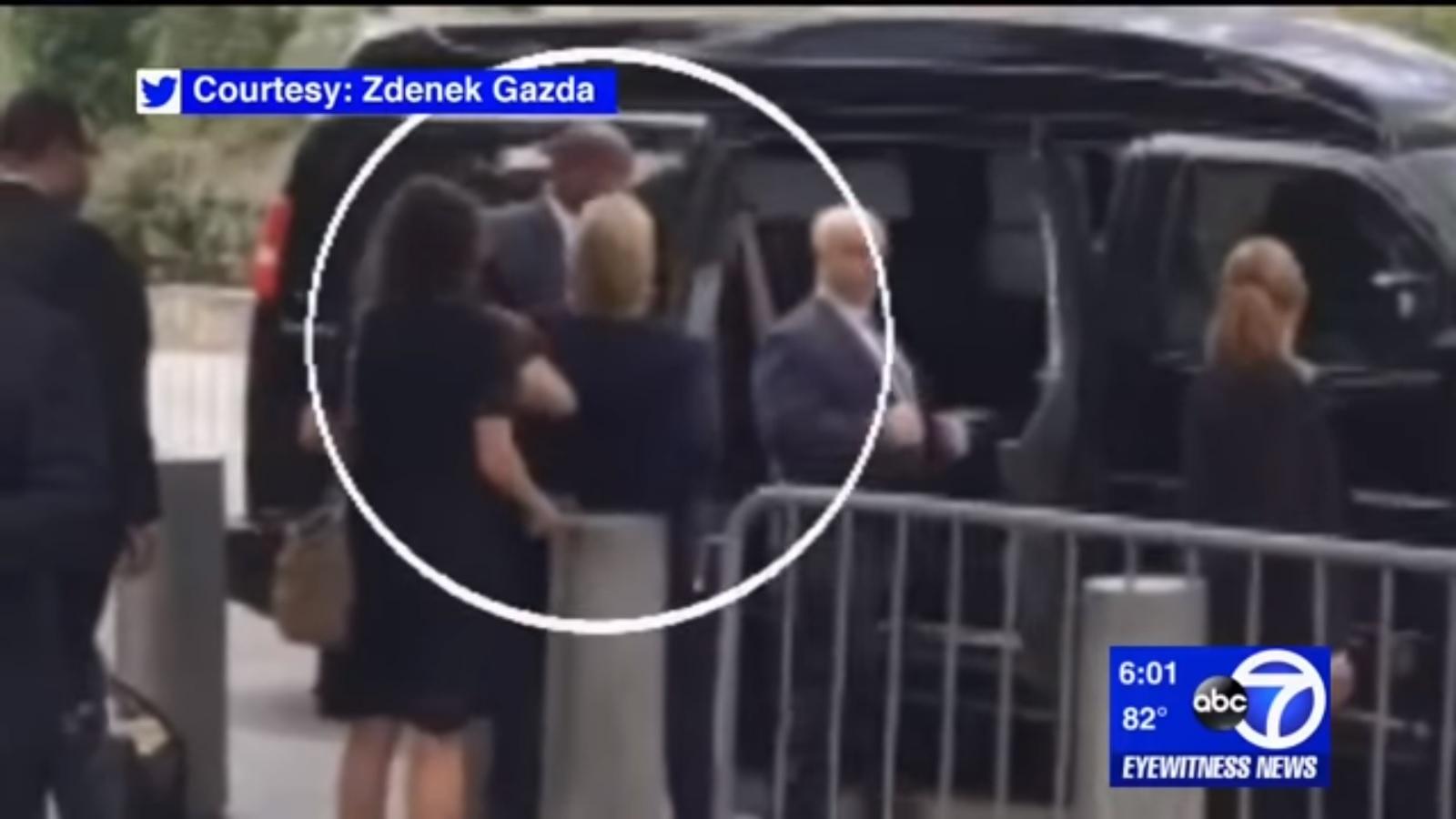 Kênh truyền hình Mỹ đưa tin nhầm bà Clinton qua đời - 2