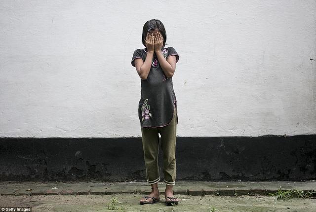 Chuyện kể rùng rợn của 5 cô gái Ấn Độ bị hãm hiếp - 2