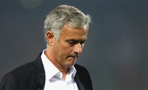 """MU: Mourinho không """"màng"""" Europa League, lo nhất NHA - 2"""