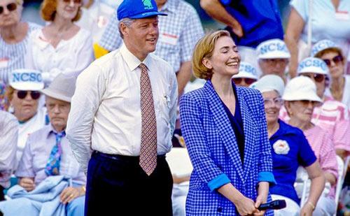 Soi phong cách thời trang của ứng viên TT Mỹ Hillary - 3