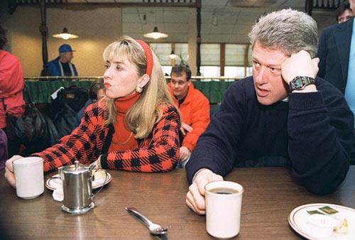 Soi phong cách thời trang của ứng viên TT Mỹ Hillary - 9