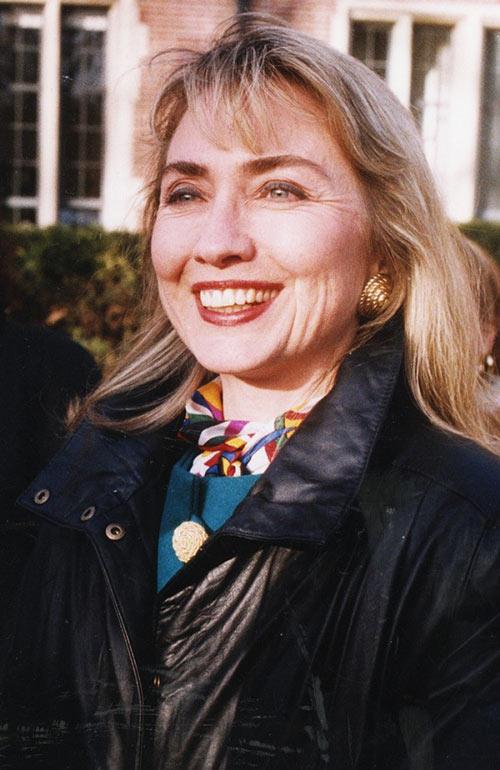 Soi phong cách thời trang của ứng viên TT Mỹ Hillary - 8