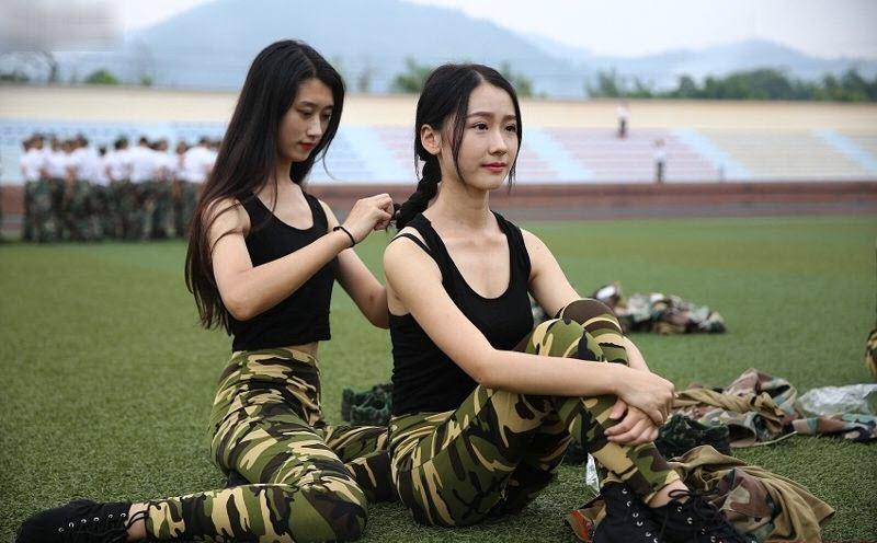 TQ: Nữ sinh học quân sự xinh hơn hoa hậu gây sốt - 5
