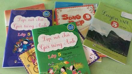 Sở GD&ĐT 'ép' học sinh mua sách tham khảo - 1