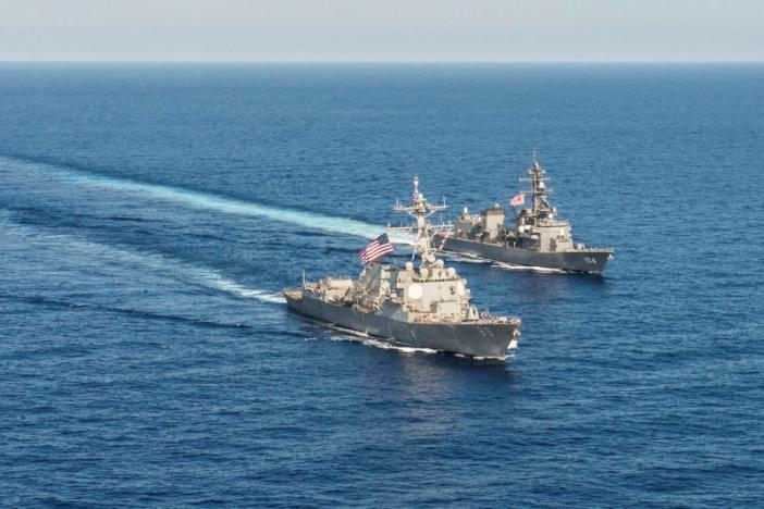 Nhật Bản cam kết tuần tra chung với Mỹ ở Biển Đông - 2
