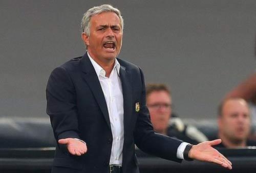 """MU: Mourinho không """"màng"""" Europa League, lo nhất NHA - 1"""