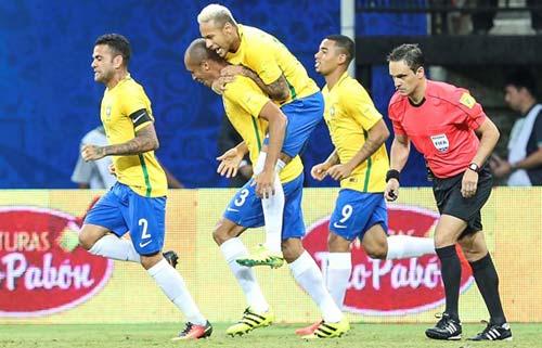 BXH FIFA tháng 9: Sau 6 năm, Brazil trở lại top 4 - 1