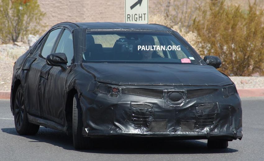 Nguyên mẫu Toyota Camry 2018 lộ ảnh chạy thử - 2