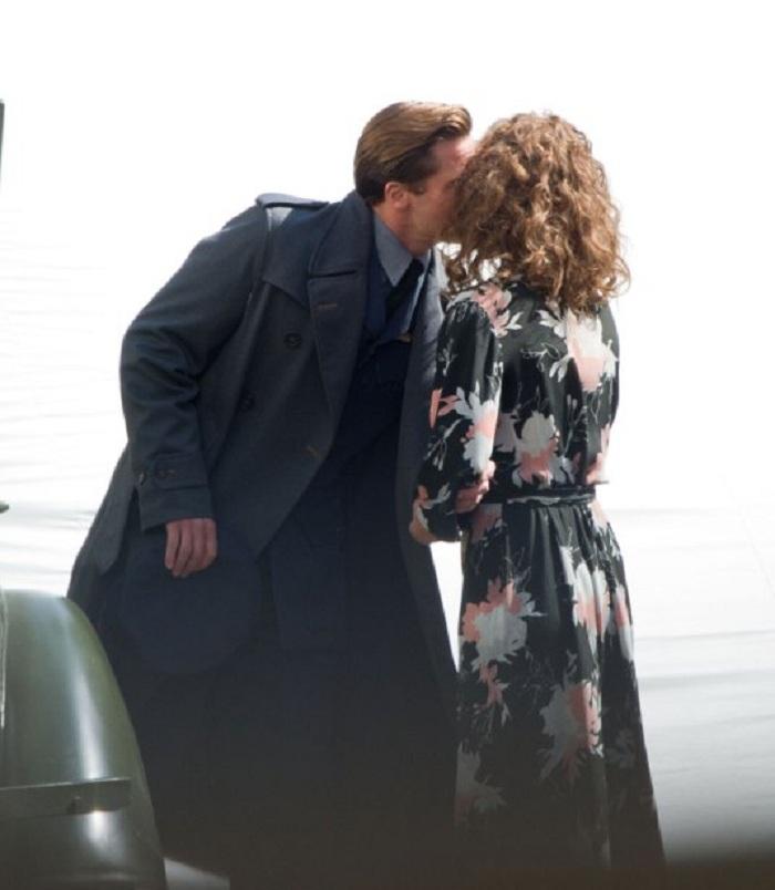 Brad Pitt dính tin đồn ngoại tình với bạn diễn mới - 2