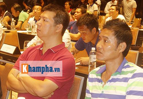"""Huyền thoại MU """"choáng"""" với fan Việt, thích Ronaldo hơn Cantona - 4"""