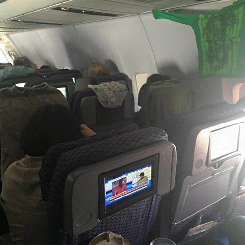Đắng lòng khi gặp những cảnh này trên chuyến bay - 2