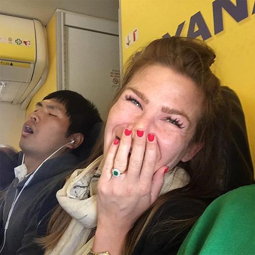 Đắng lòng khi gặp những cảnh này trên chuyến bay - 16