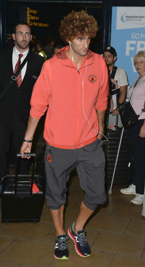 MU: Pogba đá kém vì cố bắt chước Messi - 8