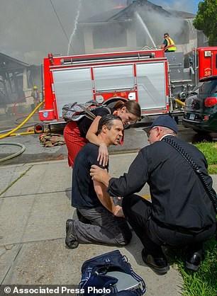 Nhà văn trẻ liều mình lao vào đám cháy để cứu laptop - 4