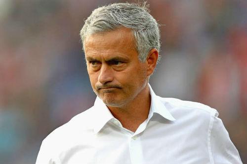 MU: Pogba chơi tồi vẫn được Mourinho bênh vực - 2