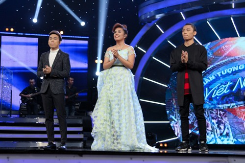 """Huy Tuấn """"tát"""" thí sinh VN Idol trên sóng truyền hình - 1"""