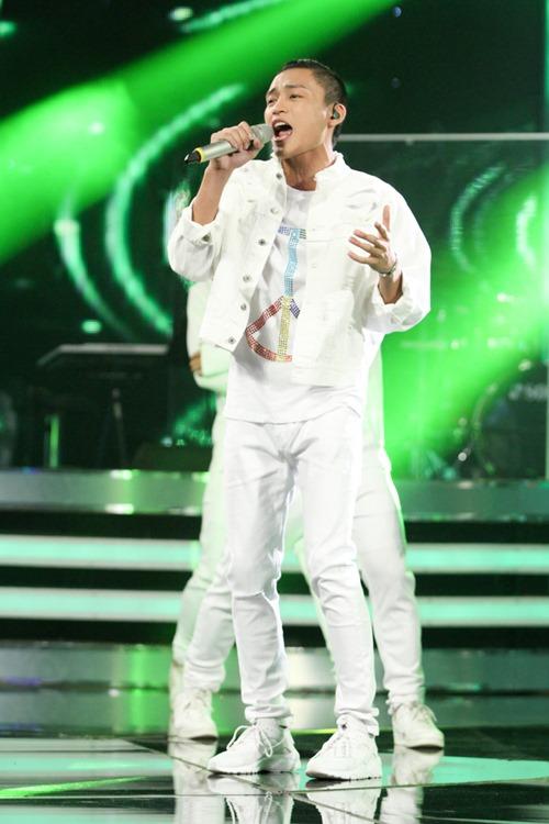 """Huy Tuấn """"tát"""" thí sinh VN Idol trên sóng truyền hình - 5"""
