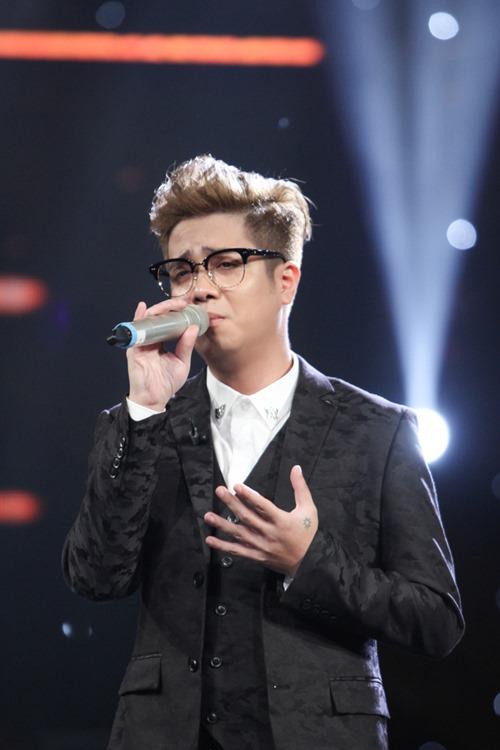 """Huy Tuấn """"tát"""" thí sinh VN Idol trên sóng truyền hình - 13"""